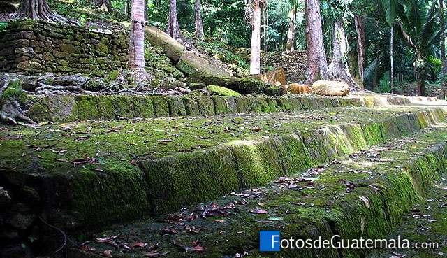 Aguateca, un tesoro arqueológico