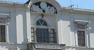 Días y horarios para EVITAR los bancos en Guatemala