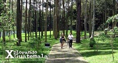 Parque del Teleférico y mirador de Amatitlán