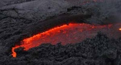 Rodeados de lava en el volcán de Pacaya
