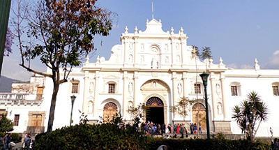 Doble visita a la Catedral de Antigua
