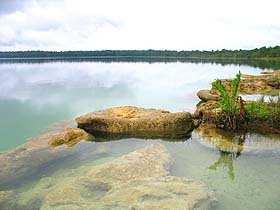 Laguna de Lachuá, foto cortesía de www.fotosdeguatemala.com