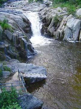 Balneario Pasabien en Río Hondo.