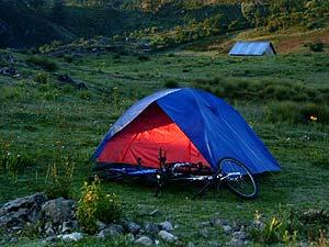 Los montañistas y exploradores prefieren más lejos y menos comodidades.