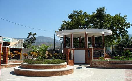 Parque Central de Agua Caliente, El Progreso Guatemala.