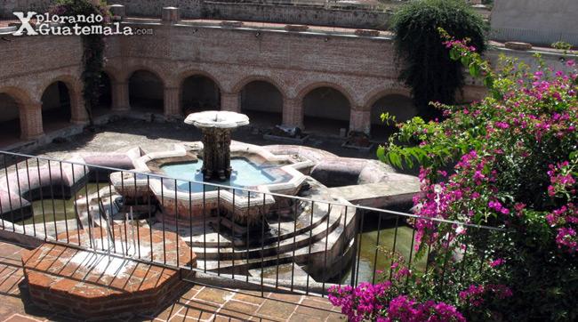 Fuente Claustro de La Merced