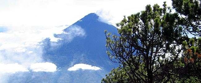 Volcán de Agua, Hunapú