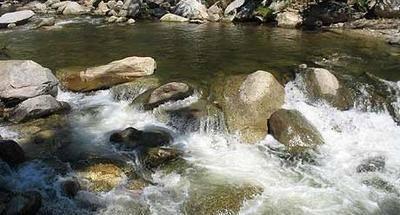 Balneario Pasabien, agua fría en tierra caliente