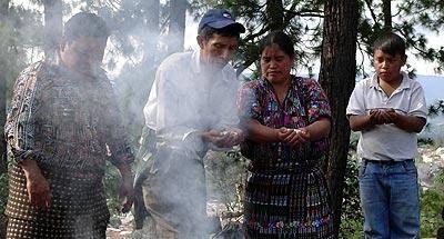 La sabiduría maya se enfrenta con la religión