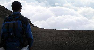 10 indispensables que debes llevar en tu mochila para una expedición