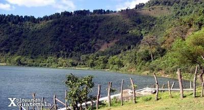 Laguna de Calderas, variedad y cercanía