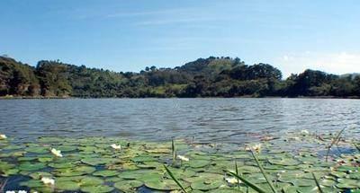 Laguna Monja Blanca