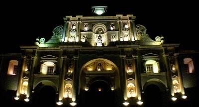 Tardes de lluvia en La Antigua Guatemala