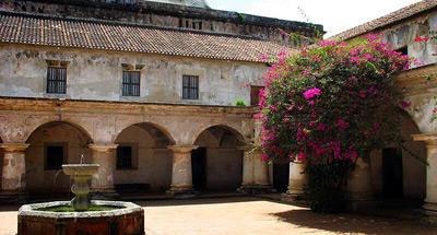 Capuchinas, una vez convento, luego tintorería, ahora museo