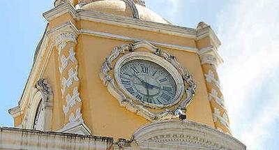 Reloj del Arco de Santa Catalina