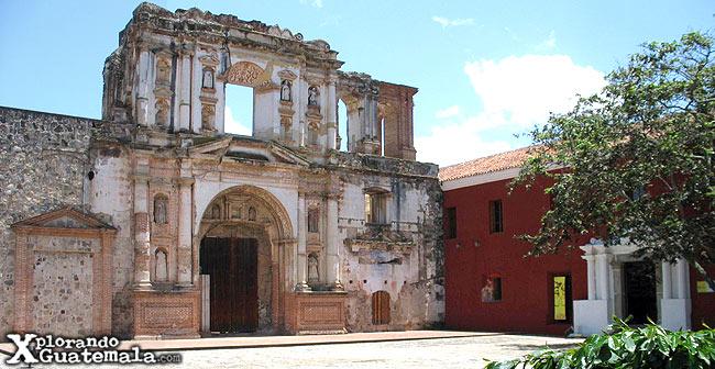 iglesia y ruinas de la compañia de jesus