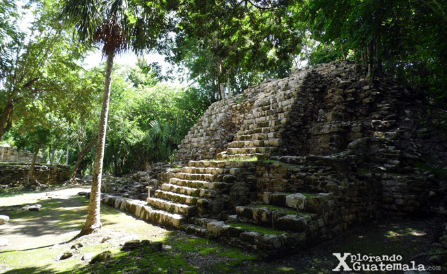 Edificación maya en Oxtankah