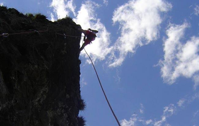 Ascenso y escalada en el Picachú