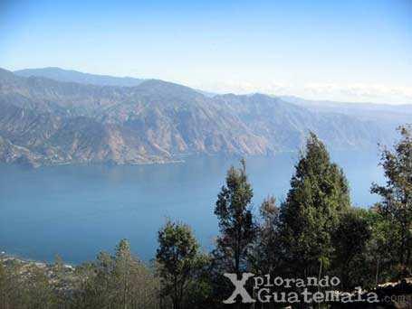 Del otro lado del Lago de Atitlán / foto 3
