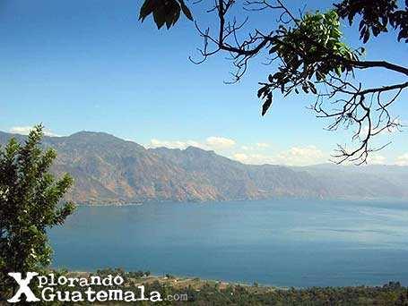 Del otro lado del Lago de Atitlán / foto 4