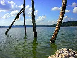 Laguna de Yaxhá. Foto por Edgar Estrada.
