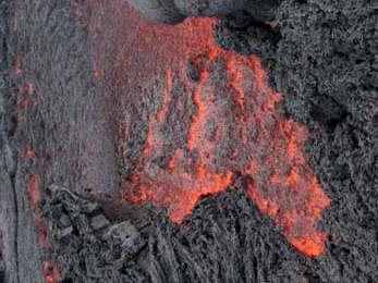 El calor era sumamente intenso. Algunas rocas eran quebradizas y la suela de los zapatos se comenzaba a derretir. Foto: Explorador.