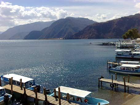 Atitlán, el Lago de los 7 colores