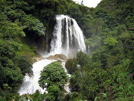Cascada de Chichel, área Ixil