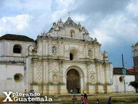 Las iglesias vecinas de Comalapa